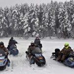 Катание на снегоходе в Карелии