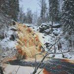 Водопад Белые мосты зимой